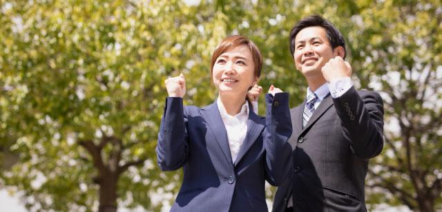 幅広い選択肢でビジネスを成長させる会社員
